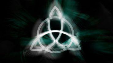 triquetra trinity symbol